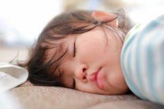 ナルコレプシーの睡眠発作の学生